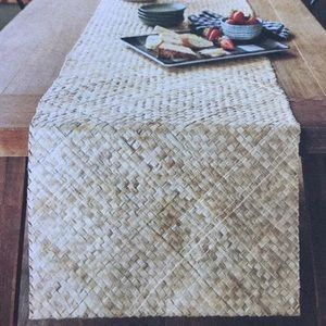 Hearth And hand With Magnolia table runner